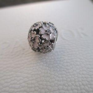 AUTH Pandora Primrose Meadow Pink Enamel bead